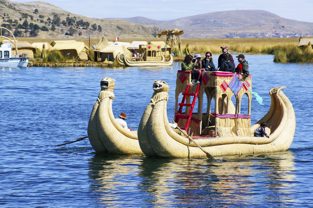 Tourist Destinations in Peru Tours: Puno y Uros island – 2day/1night. The best tourist packages in Peru and South America.