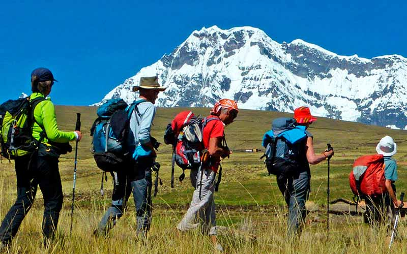 Adventure Tours walking to Machu Picchu Tours: Ausangate Trek 4 days / 3 nights | Peru Cusco Trek Machu Picchu Adventure. The best tourist packages in Peru and South America.
