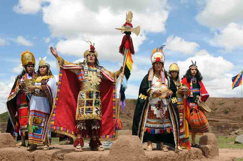 Cusco Tours: June 24 every year Festival Tour Intiraymi full day Cusco. The best tourist packages in Peru and South America.