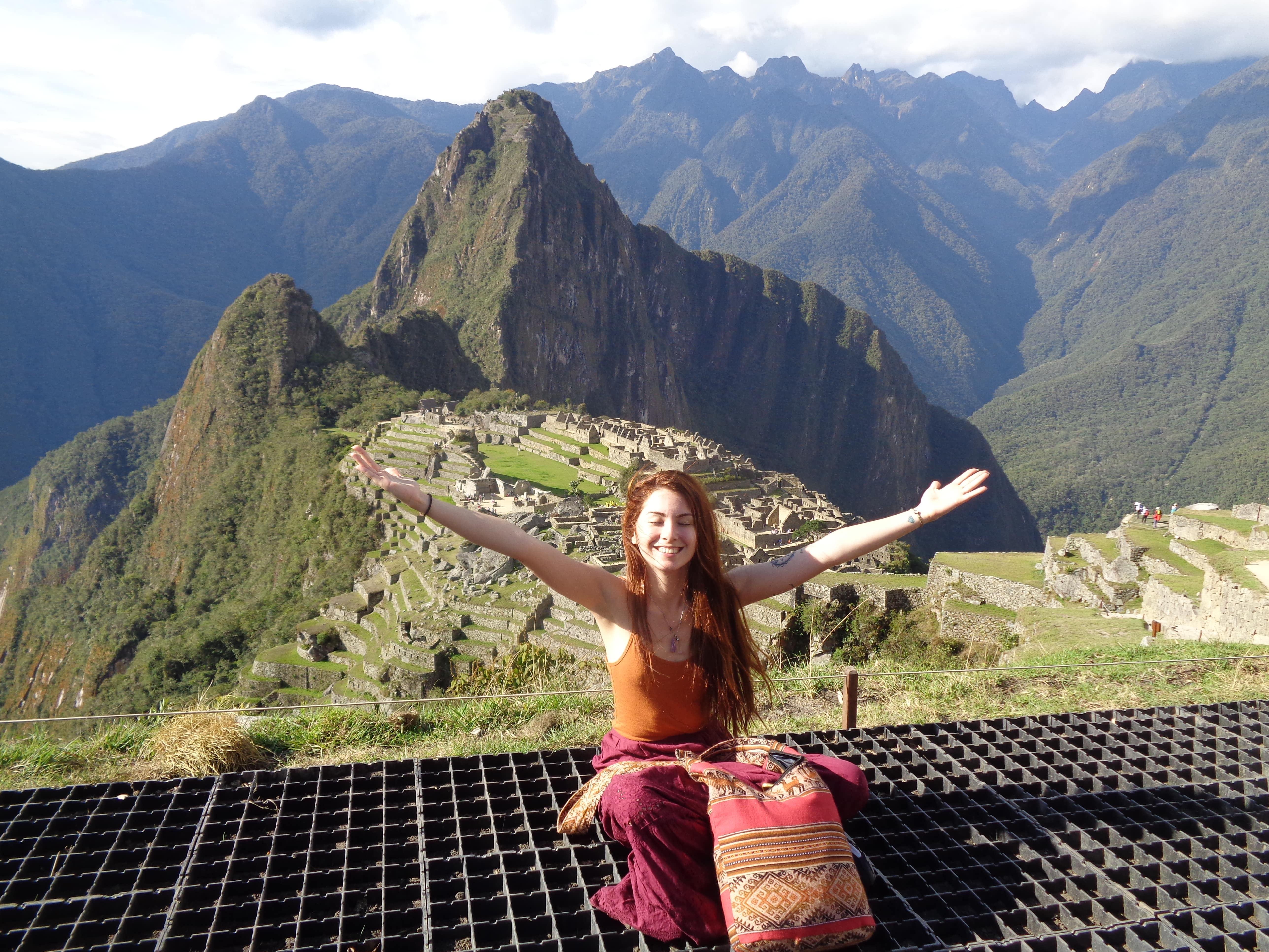 Cusco Tours: Cusco, Machupicchu, Intiraymi and Sacred Valley5Days/4Nights. The best tourist packages in Peru and South America.
