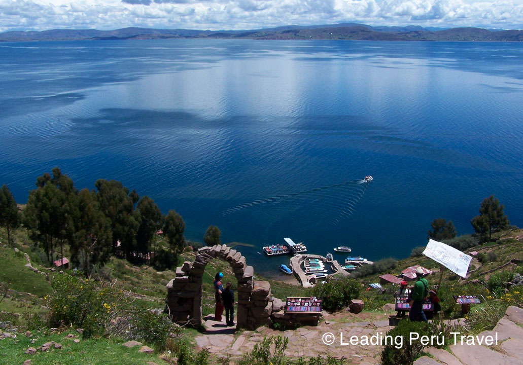 Tourist Destinations in Peru Tours: Puno Incredible – 3days / 2night. The best tourist packages in Peru and South America.