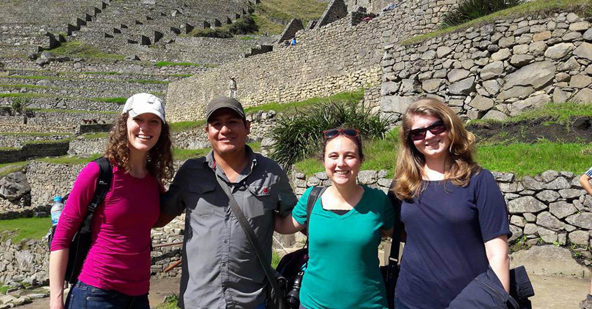 Tours Peru 1 to 30 Days Tours: Tour Lima, Machupicchu, Sacred Valley 6 dias. Los mejores paquetes turísticos en Perú y Sudamérica.