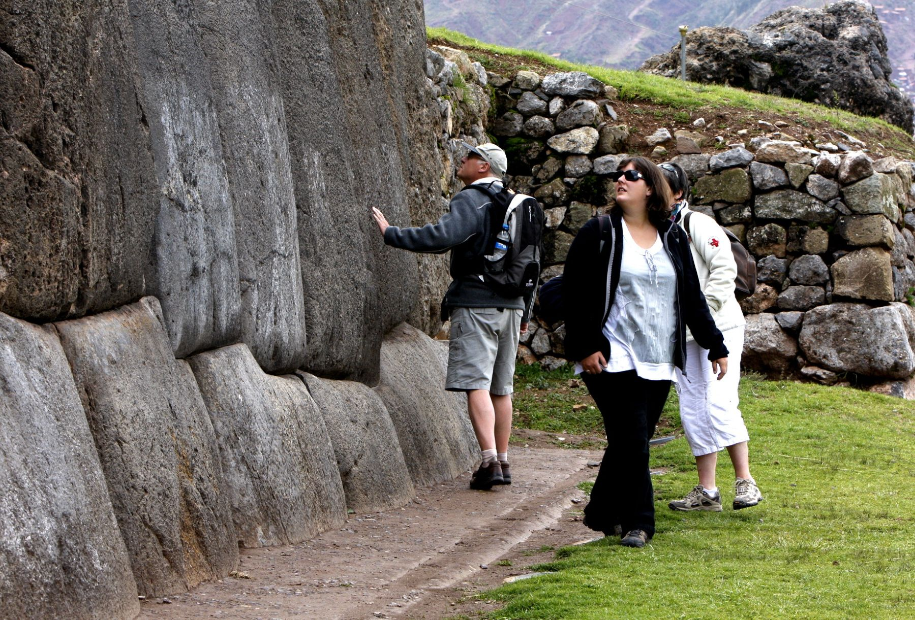 Packages and tours From 1 to 30 Days in Peru Tours: 07 días:Tour Lima, Cusco, MachuPicchu, lago Titicaca, Uros. Los mejores paquetes turísticos en Perú y Sudamérica.